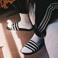 限尺码 : adidas 阿迪达斯 Duramo Slide 经典三道杠拖鞋