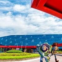 亲子优选:上海迪士尼乐园玩具总动员酒店1晚+迪士尼门票