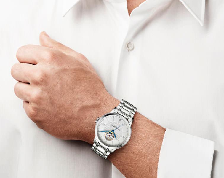 BAUME & MERCIER 名士 CLASSIMA EXECUTIVES系列 MOA10275 男士机械腕表