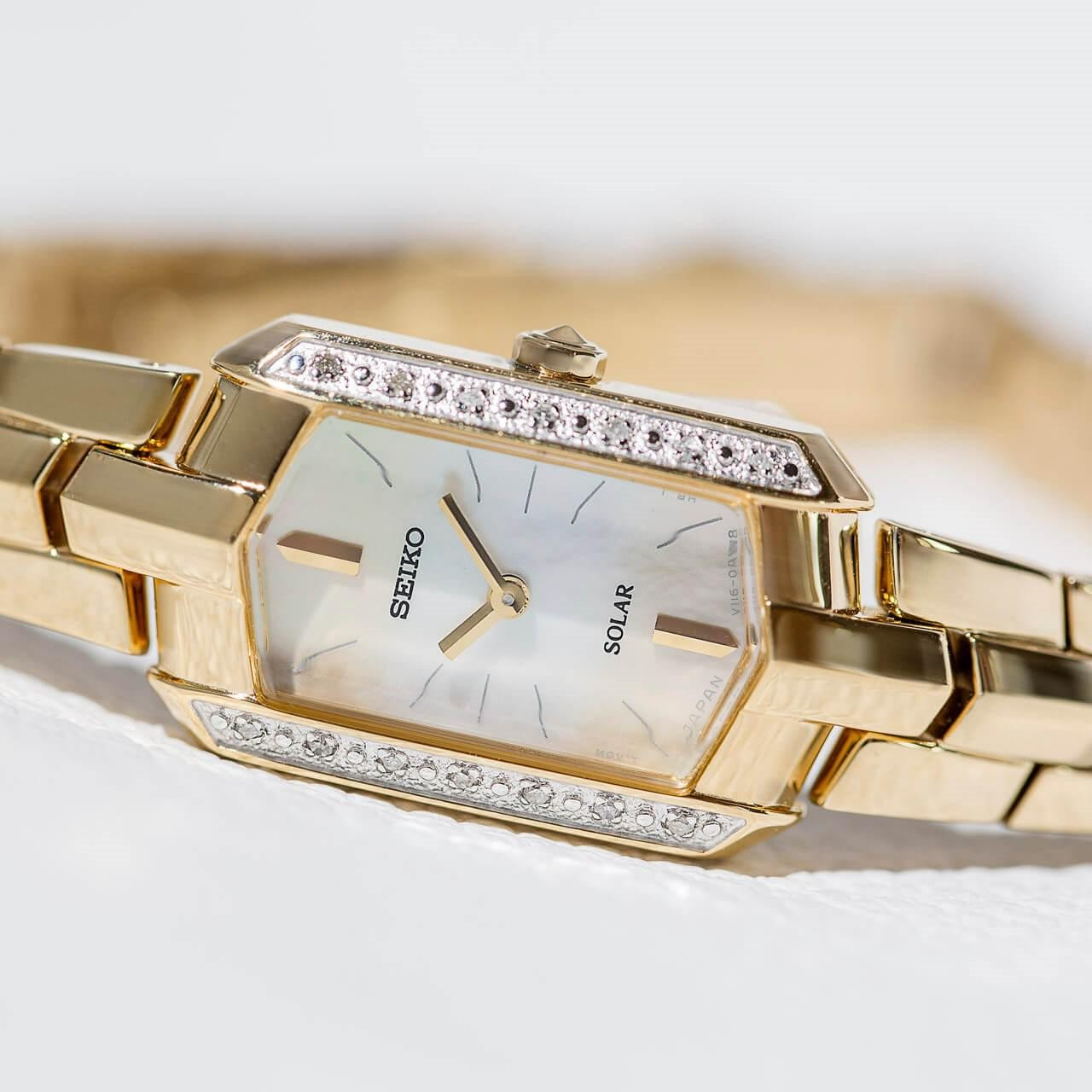 SEIKO 精工 Tressia SUP330 女士太阳能腕表