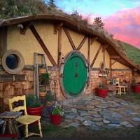 住进比尔博的房子,穿越到托尔金的中土世界!奥伦多霍比特人洞穴民宿