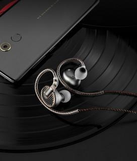 SIMGOT EN700MK2 入耳式耳机