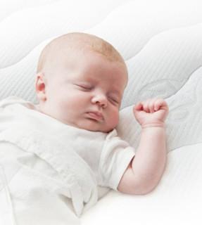 kub 可优比 椰棕婴儿床垫