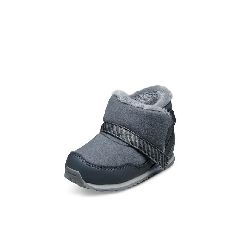 New Balance FB996 男女童魔术贴雪地靴