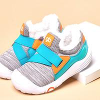 据说儿童穿雪地靴会致残,你穿过吗?