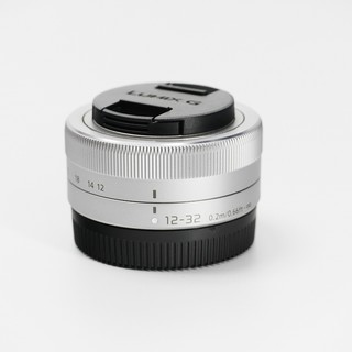 Panasonic 松下 12-32mm镜头 HD高清 大广角 饼干变焦 (银色、37mm、F3.5、Macro 4/3系统接口)