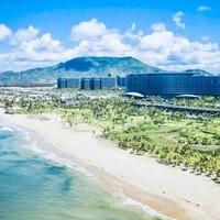 海南蓝湾绿城威斯汀度假酒店1晚套餐 宿威斯汀70㎡海景房,享无边泳池+溶洞水上世界