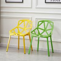北欧餐椅现代简约家用塑料靠背椅休闲接待洽谈椅咖啡椅创意椅子