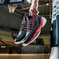 安踏要瘋籃球鞋