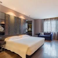 享迪士尼免費接送!桔子水晶酒店(上海國際旅游度假區周浦萬達店)1晚
