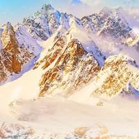 林海雪原+沙漠綿綿冰!廣州-新疆烏魯木齊+火焰山+天山天池5天4晚跟團游