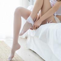 美蜜儿 情趣丝袜 制服长筒袜诱惑透明高筒袜性感内衣女 白色蕾丝大腿袜