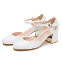 Kiss Kitty SA98155-12 通勤时尚包头中空圆头中高跟粗跟单鞋女凉鞋