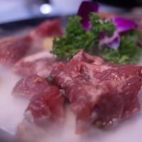 吃貨福利 : 新鮮土黃牛專門店!上海新三不牛腩火鍋