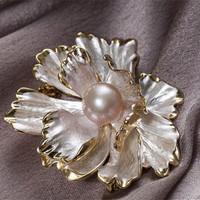 QianXing 千星珠寶 繁花似錦 珍珠胸針 10-11mm