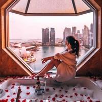 值友專享 : 世界十大超美窗景,躺在浴缸看摩天輪!新加坡麗思卡爾頓酒店1-3晚套餐