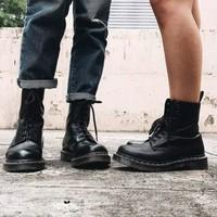 Dr. Martens 馬汀博士 1460 R11822006 男子8孔馬丁靴