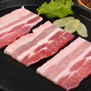 金锣 猪五花肉片 500g 精修免切带皮五花肉猪肋条肉 猪肉生鲜 烤五花肉韩式烤肉烧烤猪肉火锅食材