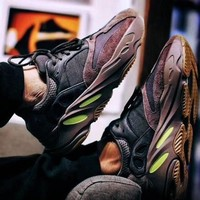 adidas 阿迪达斯 YEEZY BOOST 700 男款经典鞋