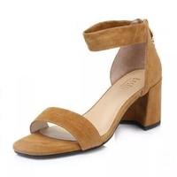 百思圖 夏季專柜同款棕色羊絨皮革流蘇通勤一字帶女涼鞋