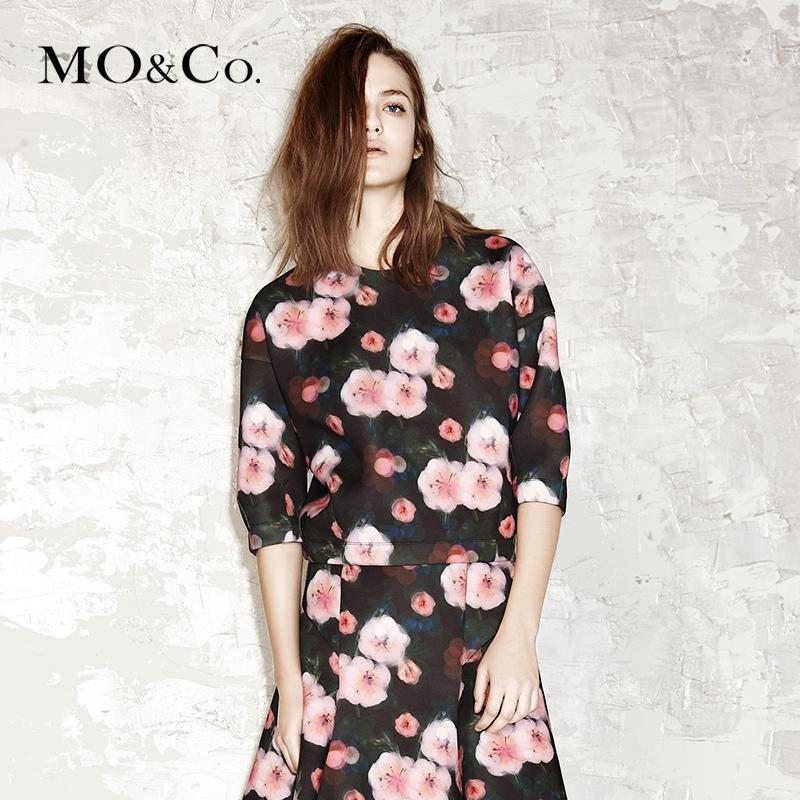 Mo&Co. MA153TST06 花卉印花T恤