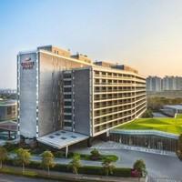 上海夏阳湖皇冠假日酒店 皇冠豪华房2晚(含早餐)