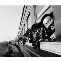 摄影图册:《火车上的中国人》