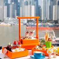 疯狂星期五!仅售两天!上海外滩英迪格酒店 江畔双人卡路里盲盒下午茶+和牛月饼