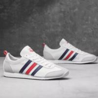 adidas 阿迪达斯 neo VS JOG 男女款运动板鞋