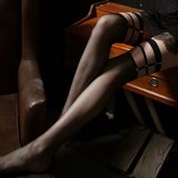 移动专享: GEEZORO 13ty 黑色铆钉渔网袜