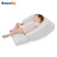 sweeby防吐奶斜坡垫新生婴儿防吐奶神器宝宝喂奶防溢奶防呛奶枕头 灰色