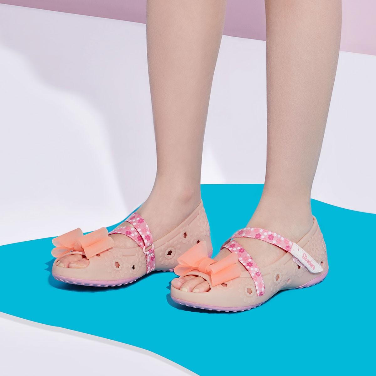 女童玛丽珍鱼嘴凉鞋