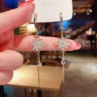 Jiuvia 玖维娅 JYD169 花朵水晶闪钻耳环