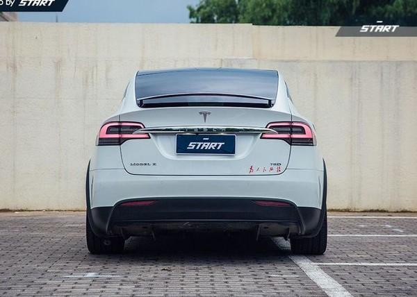 TESLA 特斯拉 Model X