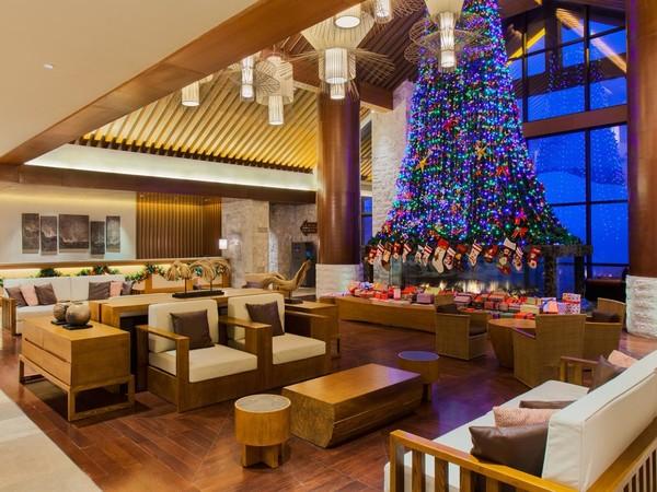 长白山万达假日度假酒店1晚+2大1小早餐+接机+温泉+滑雪