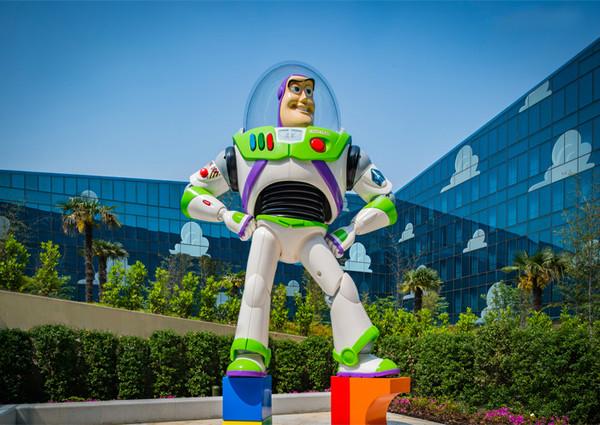 上海迪士尼玩具总动员酒店1晚+迪士尼乐园门票