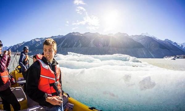 蓝色冰雪之旅 这个绝景正在消失 新西兰库克山塔斯曼冰河探险