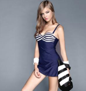 BALNEAIRE 范德安 女士连体裙式泳衣