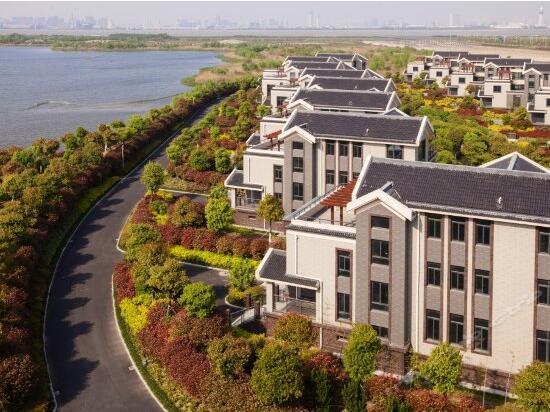 端午不涨价!杭州宝盛水博园大酒店2大1小亲子度假套餐