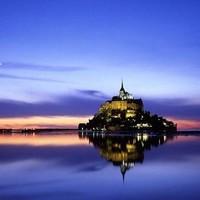 神秘的法国圣米歇尔山,无数神奇的故事在诺曼底海岸的潮起潮落中流传!