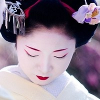 舞妓晚宴:日本京都市区半日游:怀石料理+舞妓表演及纪念照+东山夜景