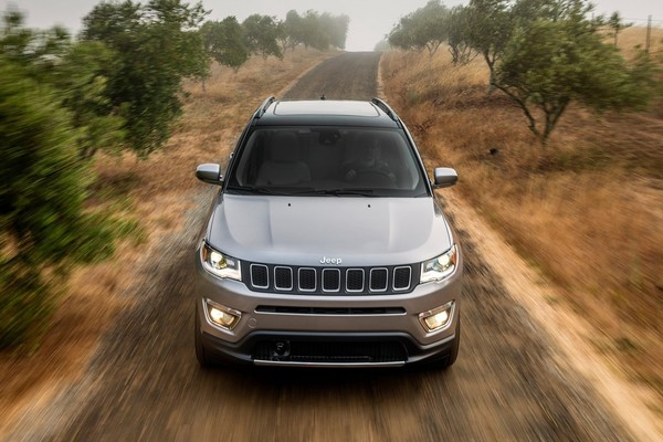 Jeep指南者欧美系紧凑型SUV