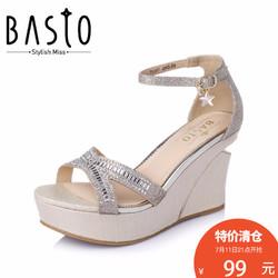 BASTO/百思图夏季专柜同款亮片布一字带坡跟女凉鞋TG507BL6