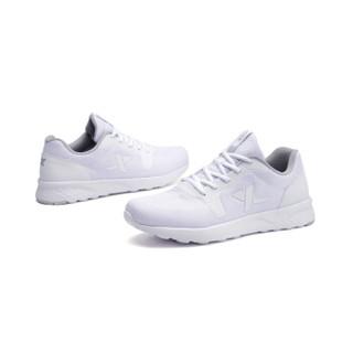 XTEP 特步 982119119313 男士跑步鞋 白色 42码