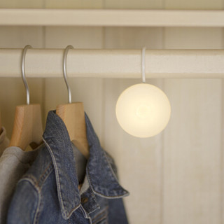 京东京造 LED充电感应光控小夜灯智能人体感应灯婴儿喂奶灯起夜灯床头灯可挂可贴可磁吸
