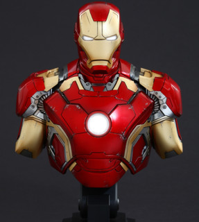 HotToys 复联2 钢铁侠MARK43+战争机器MARK2 1:4半胸像套装