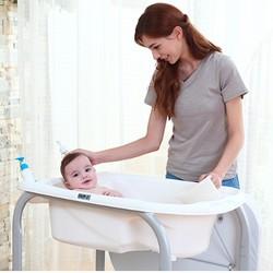CAM 新生婴儿护理台多功能宝宝换尿布台