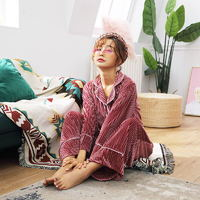 韩国金丝绒睡衣三件套