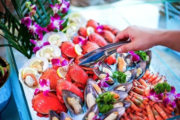 享花园泳池+拥有60%海鲜的自助餐!舟山三盛铂尔曼大酒店 高级海景房1晚+2大1小早晚餐