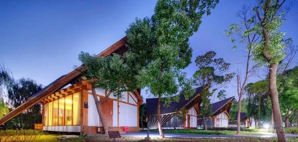 周末不涨价!拔草12万㎡森林间的秘境木屋!苏州玖树·森林的秘密主题度假村1晚套餐